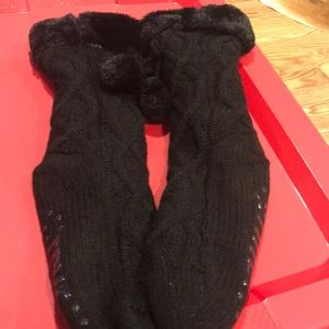 NWOT Frye home socks